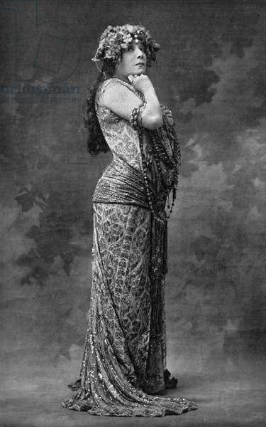 Sarah Bernhardt as Zoraya