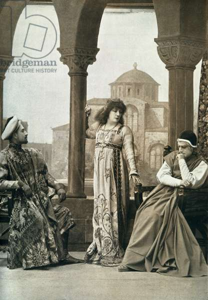 Sarah Bernhardt  in title role of Gismonda