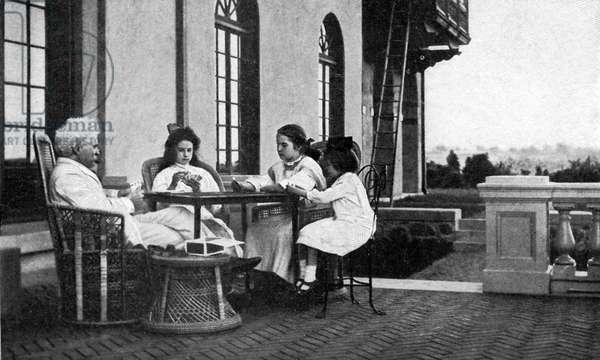 Mark Twain 's first week at Stormfield, Redding