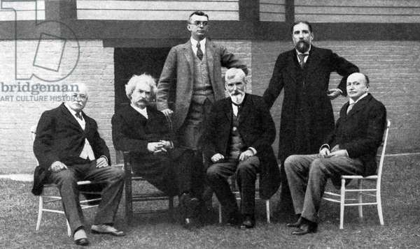 Mark Twain at literary luncheon, Lakewood