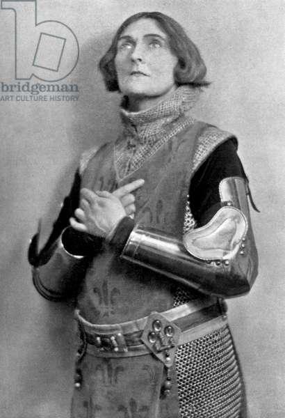 Sybil Thorndike as Saint