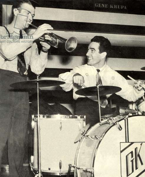 Bunny Berigan playing trumpet