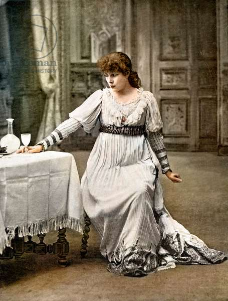 Sarah-Bernhardt in the role