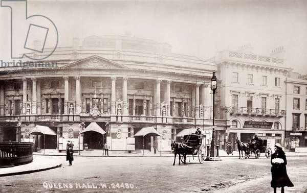 LONDON - Queen's Hall