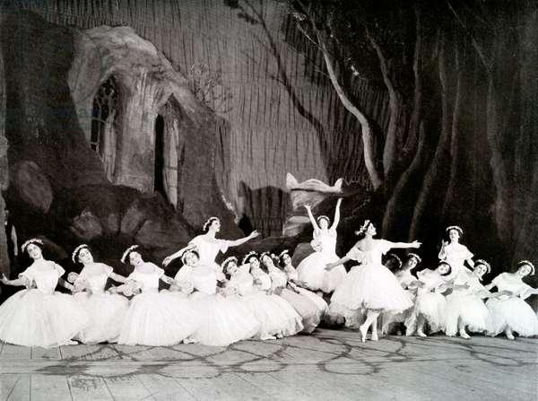 Ballet Russe in Les Sylphides, 1909