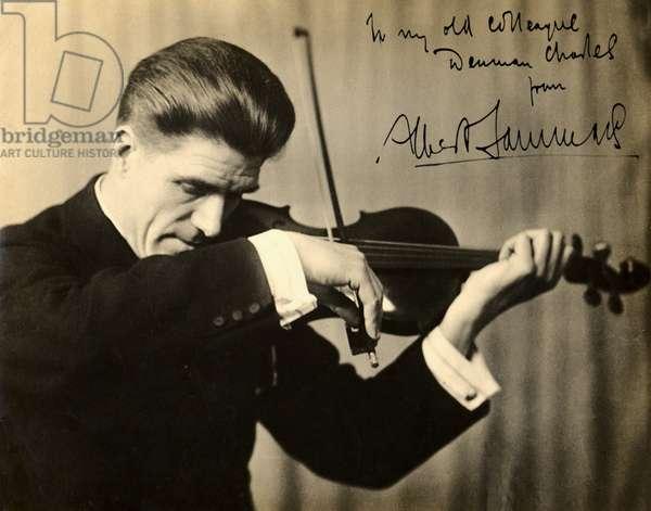 Albert Sammons playing the