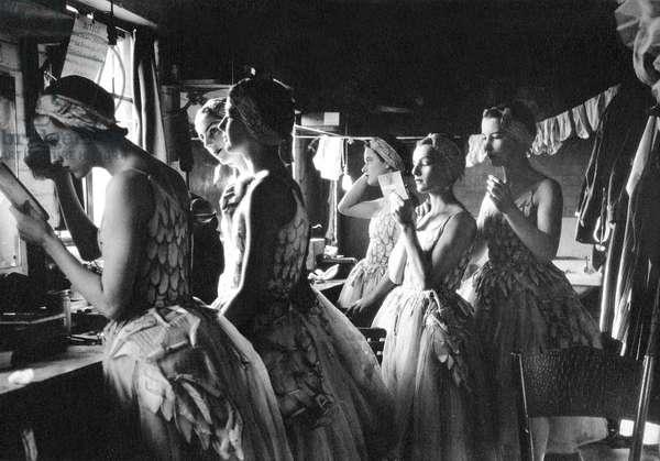 Sadlers Wells Corps de Ballet making up  c. 1937-38