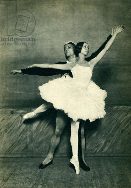 Olga Spessivtzeva and Serge Lifar in Swan Lake