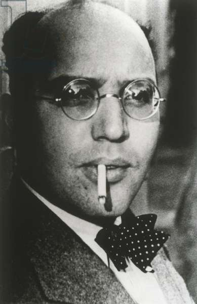 Kurt Weill smoking cigarette
