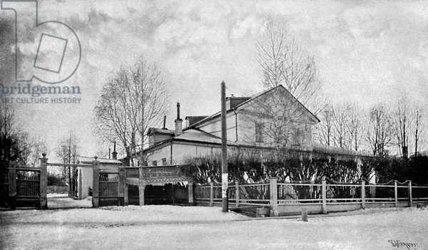 TCHAIKOVSKY - House at