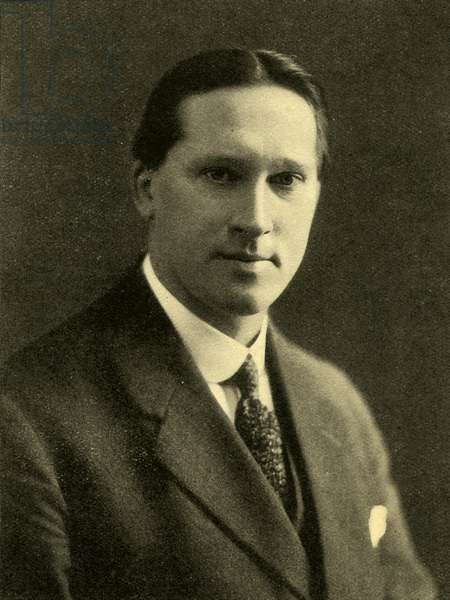 T W  North, portrait.