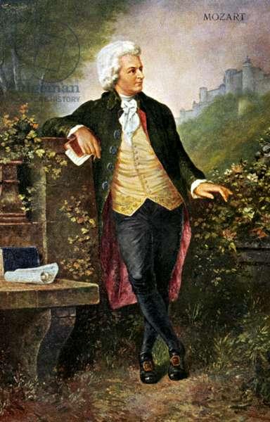 Wolfgang Amadeus Mozart standing