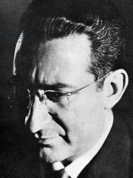 Camargo Guarnieri - portrait
