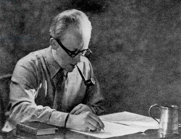Alan Rawsthorne composing.