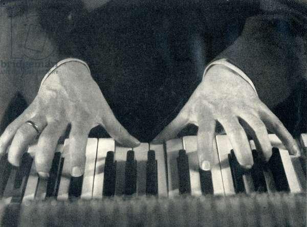 Sergey Vassilievich Rachmaninov's hands