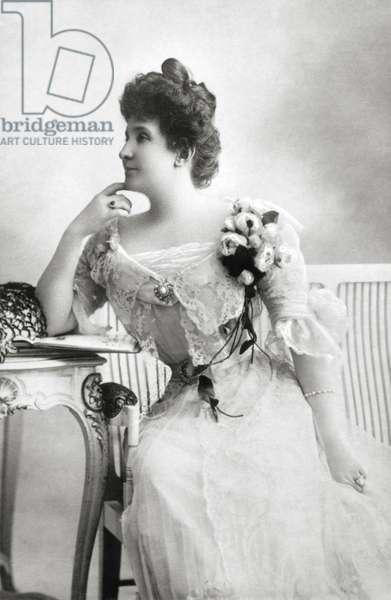 Nellie MELBA - portrait