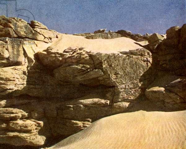 Rock wall in the Sahara, Egypt