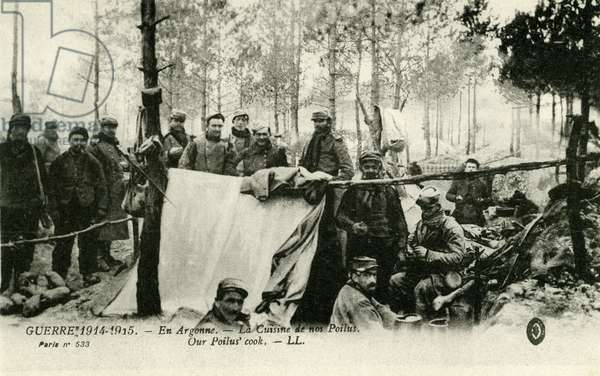 World War 1: French privates cooking
