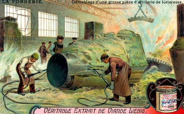 Metal casting: Removing artillery from its mould