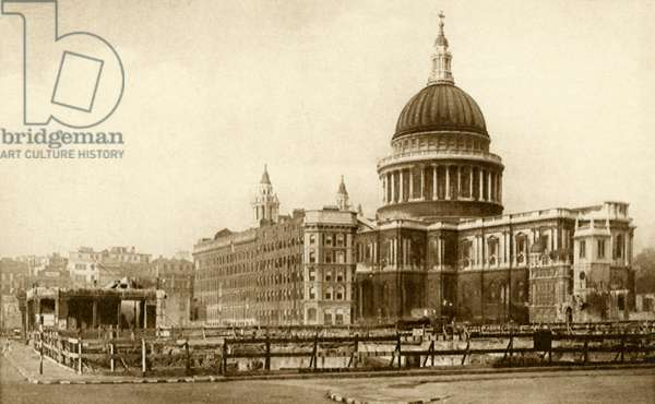 War damage in London: view of St Paul 's