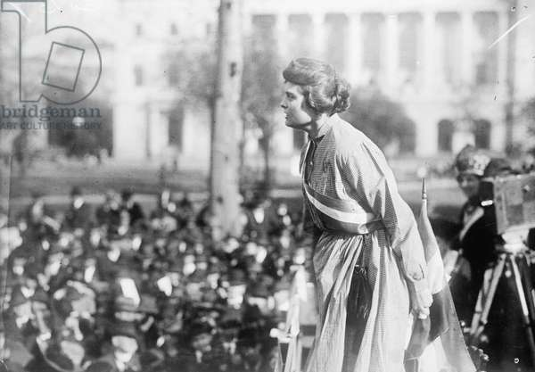 "Lucy Branham speaking during the National Woman's Party's ""Prison Special"" tour, 1919 (b/w photo)"