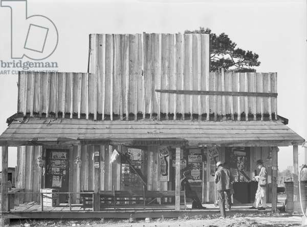 Store with a false front in the vicinity of Selma, Alabama, 1936 (b/w photo)