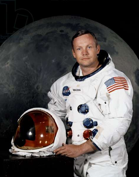 Official Portrait of Neil Armstrong, 1969 (photo)