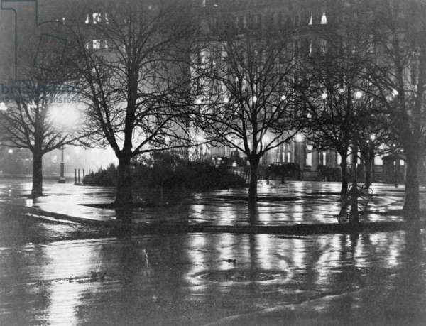 Reflections, night, New York, c.1898 (photogravure)