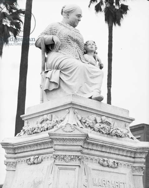 The Margaret statue in New Orleans, Louisiana, 1936 (b/w photo)