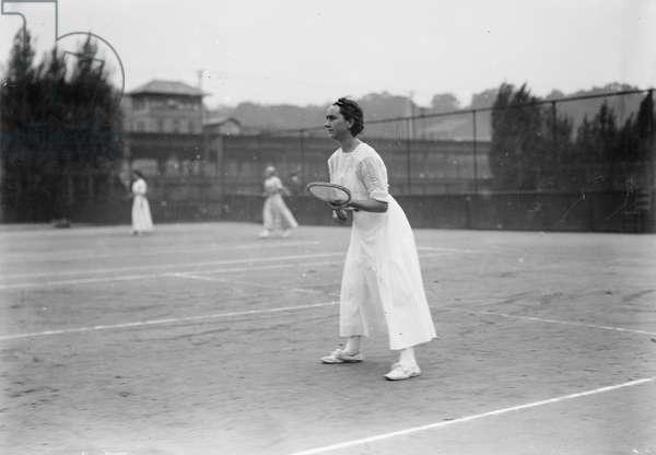 Florence Sutton, American Tennis Player, USA, Bain News Service, 1910's (b/w photo)