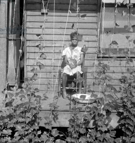 Child in negro quarter Memphis, Tennessee, 1938 (b/w photo)