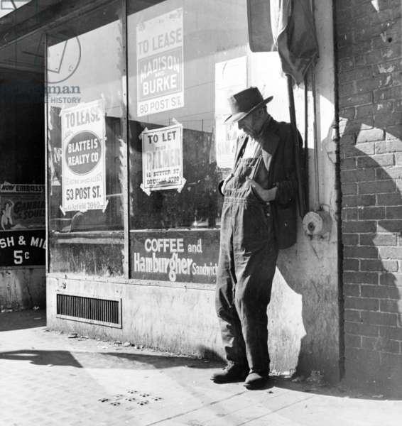 "Howard Street, San Francisco, California, known as ""Skid Row"", 1937 (b/w photo)"