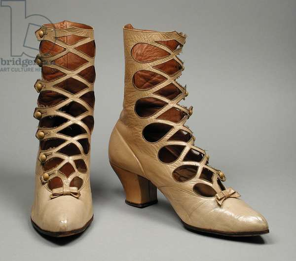 Pair of Woman's Boots, c.1895 (leather)