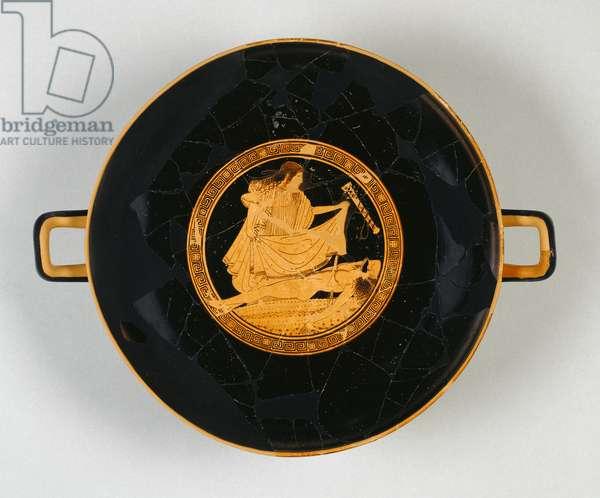 Attic Red-Figured Kylix vessel, Tekmessa discovers the body of Ajax, ca 490 BC (terracotta)