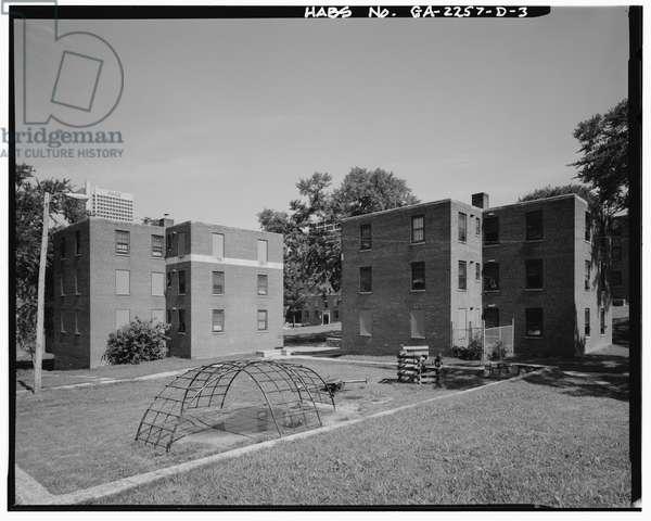 Techwood Homes, Building No. 2, 569-573 Techwood Drive, Atlanta, Fulton County, GA (b/w photo)