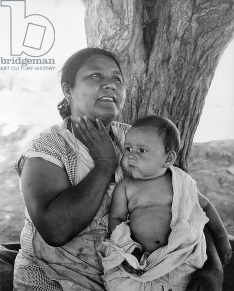 Mexican mother in California, 1935 (b/w photo)