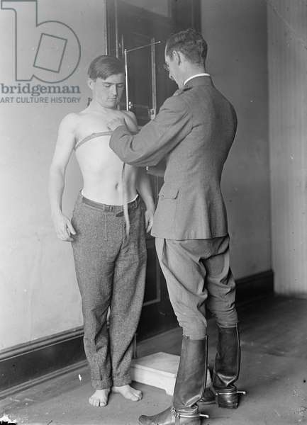 Physical examination for U.S. army, 1917 (b/w photo)