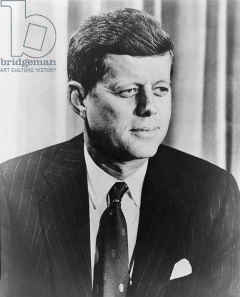 President Kennedy (b/w photo)