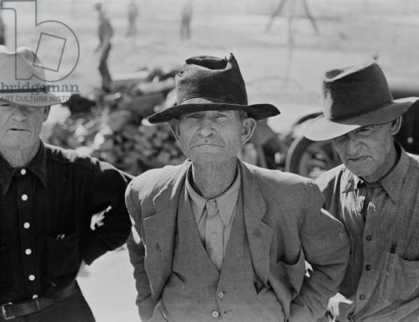 Ex-tenant farmer on relief grant in Imperial Valley, California, 1937 (b/w photo)