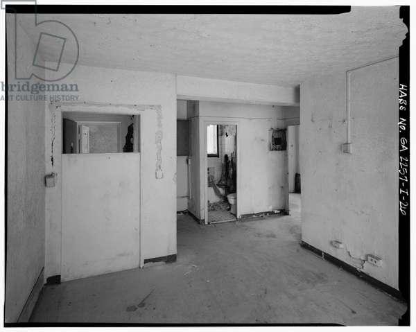 Typical 2-bedroom apartment with laundry hookup in entry hall. - Techwood Homes, Building No. 6, 465 Techwood Drive & 119-125 Hunnicutt Street, Atlanta, Fulton County, GA, 1933 (b/w photo)