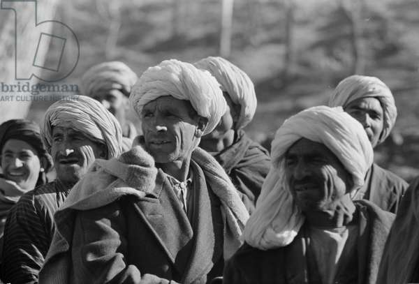 Afghanis during President Eisenhower's visit to Kabul, 1959 (photo)