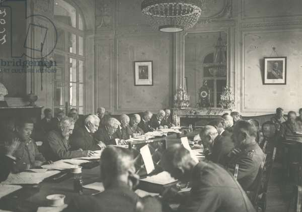 Presenting peace terms to the German delegation at the Trianon Palce Hotel, 1919 (b/w photo)