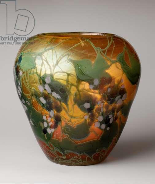 Vase, 1902-3 (favrile glass)