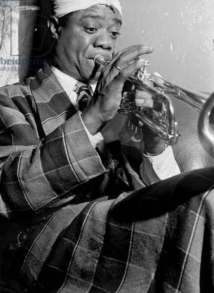 Louis Armstrong (1900-1971) American jazz musician at the Aquarium in New York City, c.1946 (b/w photo)