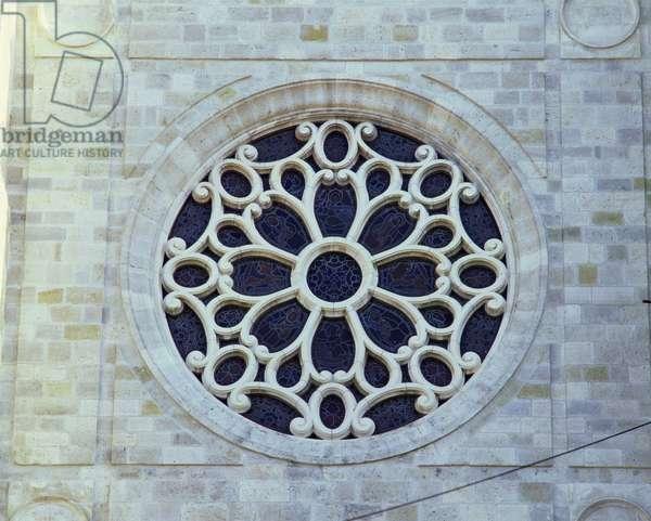 Rose window (photo)