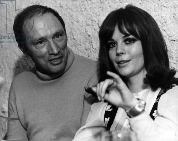 The American Actress Natalie Wood With Pierre Elliott Trudeau, in Avoriaz, on January 12Th, 1970 (b/w photo)