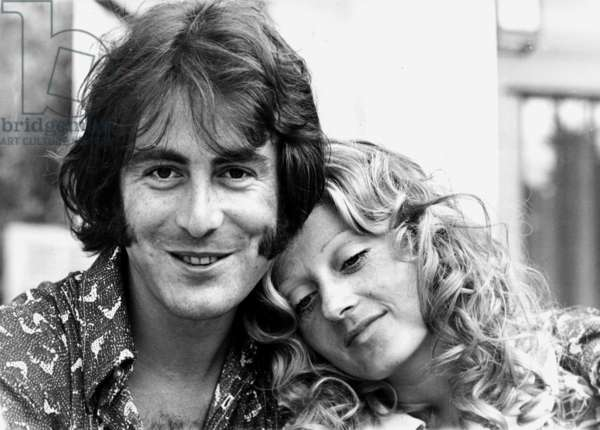 Michel Delpech with his wife Chantal Simon during a holiday in Nice, August 4th 1971 (b/w photo)