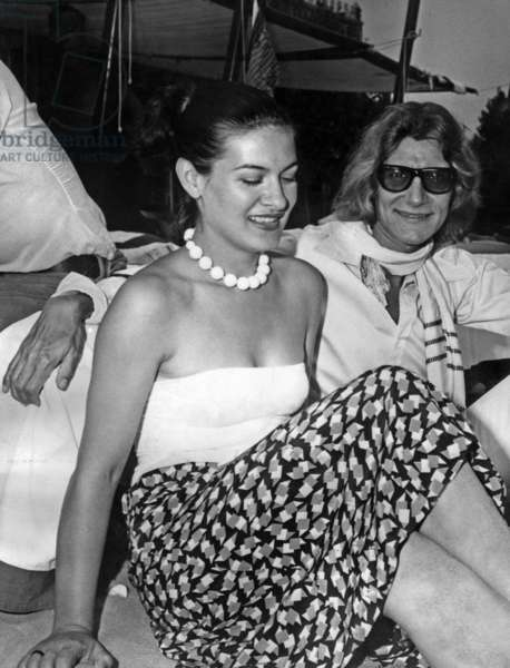 Paloma Picasso And Yves Saint Laurent In Venice On Lido Beach During The Venice International Film Festival September 1st 1971 (b/w photo)