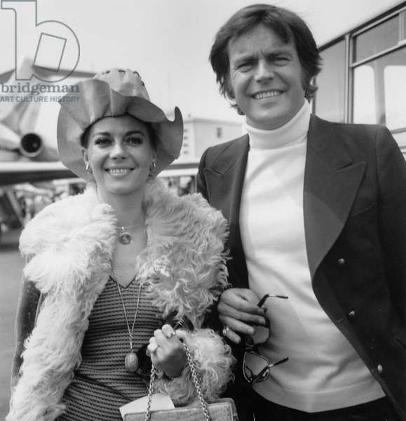 Natalie Wood and Robert Wagner at Cannes Festival May 5, 1972 (b/w photo)