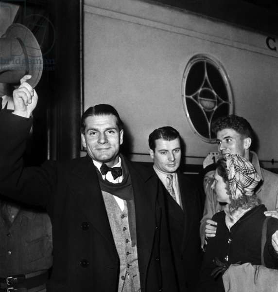 English Actor Laurence Olivier in Paris, November 25, 1946 (b/w photo)